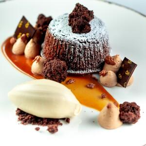 warm%20chocolate%20lava%20cake_3-300?v=1