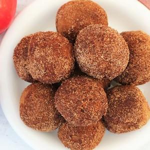 apple-cinnamon-bagel-bites-1-1140x570-300?v=1