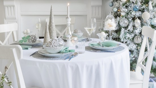 dining%20glacial%20decor%20-%20the%20lux%20pad-550?v=1