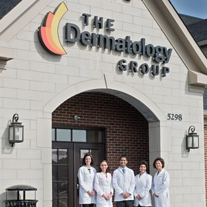 dermatologist_thedermatologygroup-300?v=2