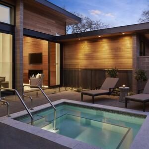 villa_602_livingroom_pool-300?v=1