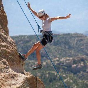 female-rock-climbing-mt-lemmon-canyon-ranch-wellness-resort-tucson-az_4776-300?v=2