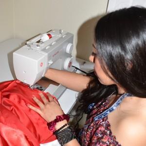 process-step-3-hand-sewing_l2kfbtt3-300?v=1