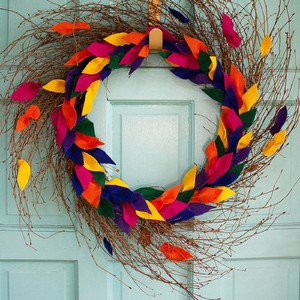 01_diy-felt-leaf-wreath-300?v=1