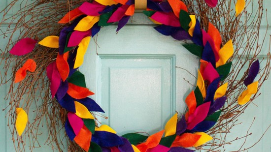 DIY Felt Fall Leaf Wreath