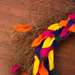 9_felt-leaf-wreath-300?v=1
