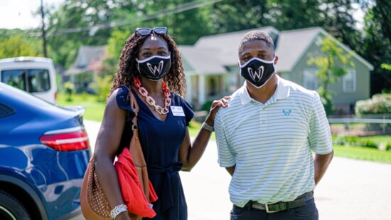 Former NFL Player Warrick Dunn Helps Single-Parent Families Thrive & Inspires Young People to Give Back