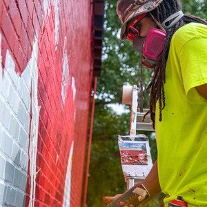 phil%20sike%20style%20shafer%20chiefs%20mural_photo%20by%20stet%20media-300?v=1