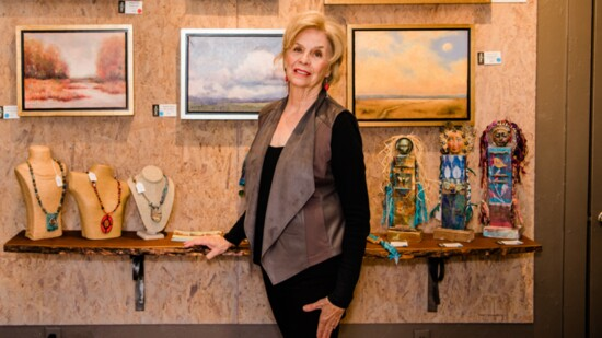 Gallery 195 Artists Share Their Talents
