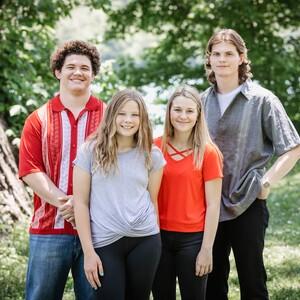 rhoadsfamily-38-300?v=1