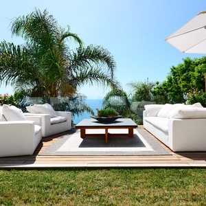 outdoor%20space%201-300?v=1