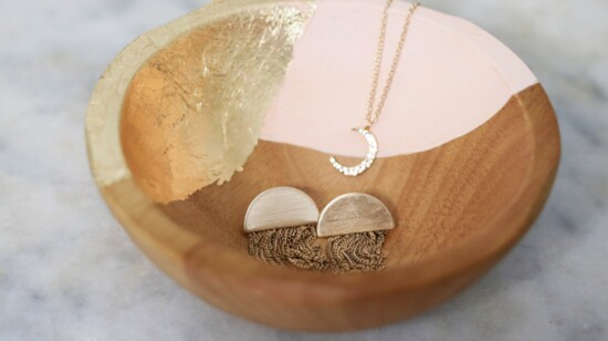 HOW TO MAKE DIY GOLD LEAF JEWELRY DISHES