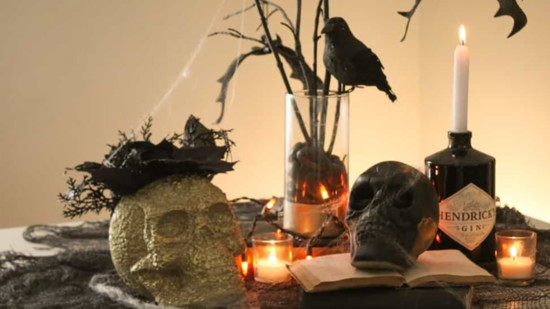 Last-Minute DIY Halloween Decor