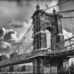 storm%20clouds%20over%20the%20roebling%20bridge-300?v=1