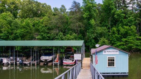 Loving that Tennessee Lake Life