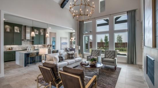 Luxury, Custom Houses