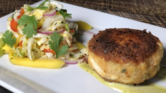 Maryland Style Colossal Crab Cakes