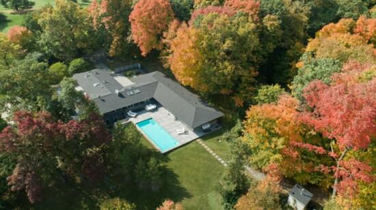 Midcentury Modern Meets Minnesota Big Woods