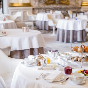 dorchester%20collection_breakfast%20at%20le%20meurice-300?v=3
