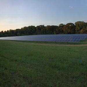 gre_solarfacility_robbmaag_shot1-300?v=1