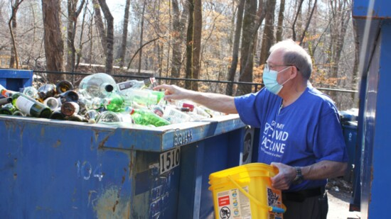 Recycling Helps Keep Peachtree City Beautiful