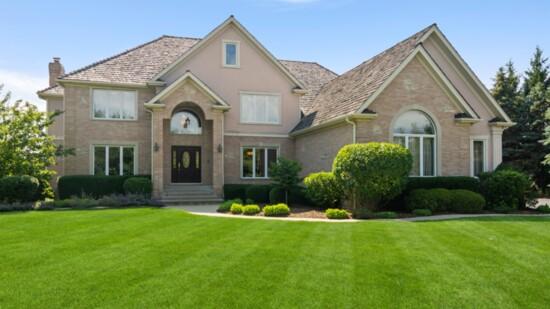 Luxury Living in Long Grove