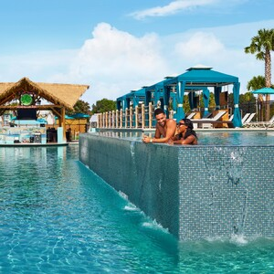 jolly%20mon%20water%20park%20-%20changes%20in%20latitude%20pools_talent_resized-300?v=1