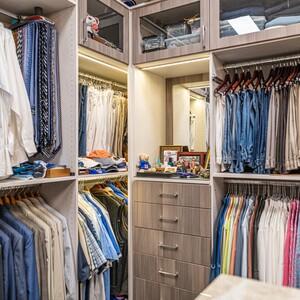 closets-8199-hdr-300?v=1