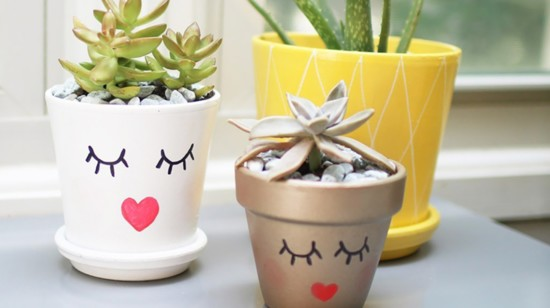 1-diy-plant-lady-pineapple-planters-header-550?v=1