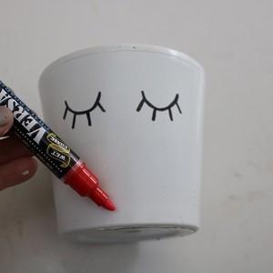 11-red-paint-marker-lips-300?v=1
