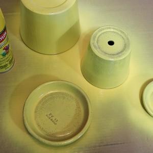 3-diy-spraypaint-yellow-300?v=1