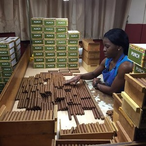la-corona-cigar-factory-300?v=1