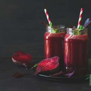 fresh-beetroot-smoothie-beet-arugula-and-lettuce-leaves-on-dark-wooden-background_t20_4lvqyx-300?v=1