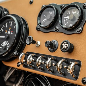 vanderhall-venice-gt-pearl-white-switches-6-300?v=1