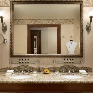 deluxe_mount_temple_bathroom_939300_high-300?v=2