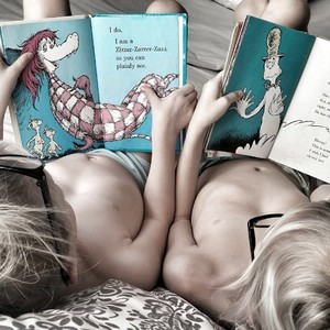 childhood-girls-reading-books-kids-daughters-sisters-dr-seuss_t20_4eewpo-300?v=1