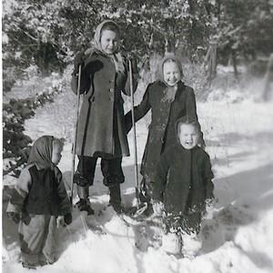 bend_skifamily-300?v=1