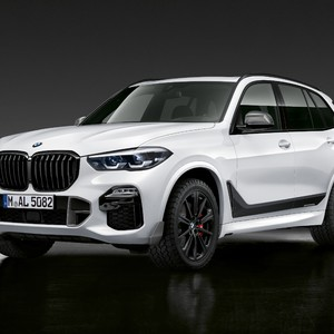 p90327696_highres_the-new-bmw-x5-with--300?v=1